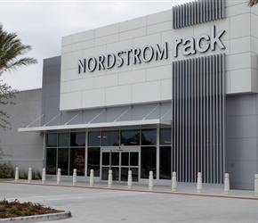 Nordstrom Rack_Willowbrook.jpg